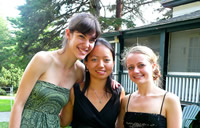 Sun Silverstein Lyon Trio LA and NYC (L to R): Elicia Silverstein (violin), Hannah Sun (piano) and Elizabeth Lyon (cello)